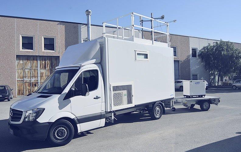 Laboratorio mobile di monitoraggio della qualità dell'aria realizzato per ARPA Campania
